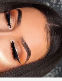 The perfect make-up for the eye - Make-up - # Eye # The # for # Perfect . - make-up - Eye Makeup Eyeshadow Looks, Eyeshadow Makeup, Makeup Brushes, Eyeshadows, Drugstore Eyeliner, Sephora Makeup, Eyeshadow Pans, Eyeliner Looks, Makeup Remover