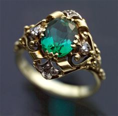 ARTS & CRAFTS Ring   Gold Tourmaline Diamond  H: 1.6 cm (0.63 in)  W: 1.8 cm (0.71 in)  Marks: '585' German, c.1920