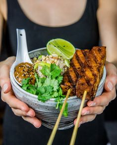 This tofu satay with cauliflower fried rice is the perfect healthy vegan dish! Completed with delicious peanut butter dipping sauce.