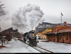 RailPictures.Net Photo: 425 Reading & Northern Steam 4-6-2 at Tamaqua, PA, Pennsylvania by Axel Bozier