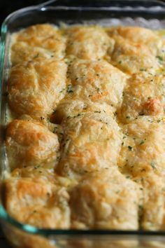 Cheesy Chicken Crescent Bake is easy, nostalic and SO good! A total kid friendly dish, guaranteed to be a family favorite! Cheesy Chicken Crescent Bake is easy, nostalic and SO good! A total kid friendly dish, guaranteed to be a family favorite! Chicken Thights Recipes, Chicken Parmesan Recipes, Healthy Chicken Recipes, Baked Chicken, Cooking Recipes, Kid Friendly Chicken Recipes, Chicken Meals, Recipe Chicken, Cooking Tips