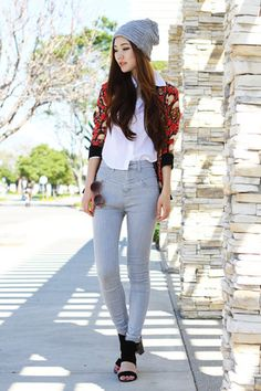 heather gray high waisted Urban Outfitters jeans - black chunky C Label shoes