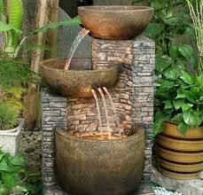 Resultado de imagen para trenzinho de madeira para jardim