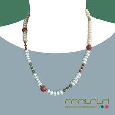 #collar de #perlas cultivadas irregulares con #jaspe y #aventurina y entrepiezas de #oro. Muy favorecedor, ¿verdad?