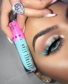 LOVE this application of Jeffree Star cosmetics 💞 Star Makeup, Kiss Makeup, Makeup Lipstick, Makeup Art, Lipsticks, Eyeshadows, Makeup Goals, Makeup Inspo, Makeup Inspiration