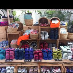 43fee5ba95ed11 16 Best HAVAIANAS  Eponymo 4 Him  4 Her images