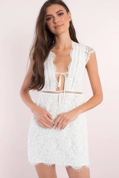 Don't miss out wearing the Sophia Scallop Lace Shift Dress. Perfect for a day out or party. Pair with heels.  - Fast & Free Shipping For Orders over $50 - Free Returns within 30 days!