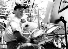 Phil on the drums... as it should be. Where my complete love of the sound of drums comes from!
