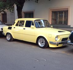 Skoda 100 S 1975 Classic European Cars, Classic Cars, Foto Cars, Seat Cupra, Vw Group, Car Tuning, Small Cars, Custom Cars, Cars And Motorcycles