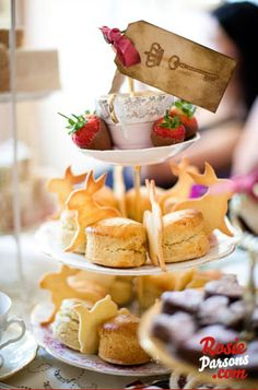 Afternoon tea with a Alice in Wonderland twist!