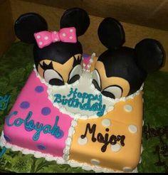 Minnie & Mickey Peep Cake.