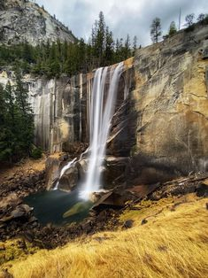 The best hikes in all 50 US states. These hikes were contributed by local travel bloggers, and cover the best hiking that the US has to offer. USA hikes | Hiking US | Best hikes USA | California hiking | Yosemte National Park | | Vernal Falls | Vernall Falls Trail Rocky Mountain National Park, Yosemite National Park, Hiking Usa, Hiking Trails, Landscape Photography, Travel Photography, Valley Of Fire, Royal Garden, Us National Parks