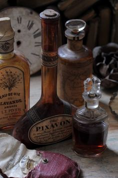 ❥ Antique bottles