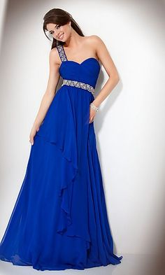 Oh my goodness, I've always wanted my prom dress to be this color!!!