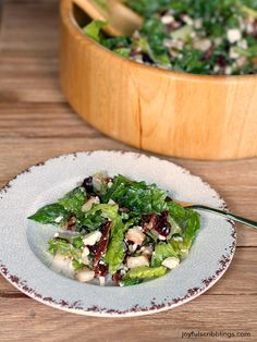 This Autumn Chopped Salad is delicious. Pears, cranberries and pecans add fall flavors. Joyfulscribblings.com