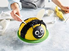 Looking for a showstopping idea for a summer party? You can't go wrong with our bee bake. Made in our Hemisphere Cake Pan, it couldn't be easier to shape! Disney Castle Cake, Castle Cakes, Disney Cakes, Bee Birthday Cake, Bumble Bee Cake, Bike Cakes, First Communion Cakes, Woodland Cake, Paris Cakes