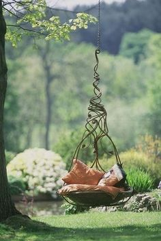 20 Hanging Hammock Chair Designs, Stylish and Fun Outdoor Furniture - Swing In the garden - Dream Garden, Garden Art, Home And Garden, Topiary Garden, Big Garden, Garden Crafts, Outdoor Fun, Outdoor Decor, Outdoor Furniture