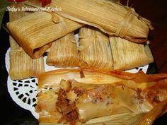 Detailed Recipe for Beef Tamales – Masa Dough – Mole Sauce Authentic Mexican Recipes, Mexican Food Recipes, Beef Recipes, Cooking Recipes, Mexican Desserts, Freezer Recipes, Freezer Cooking, Cooking Ideas, Drink Recipes