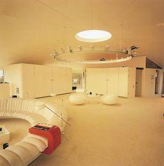 244 Best Space Age Designs Images Retro Vintage Retro Decorating - Futuristic-house-with-space-age-design