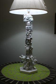 Lampe de chevet sur socle octogonale coloris blanc 65cm : Luminaires par atelier-normand