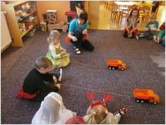 MŠ Běstvina Games For Kids, Activities For Kids, Reggio, Montessori, Transportation, Preschool, Vans, Kids Rugs, Children