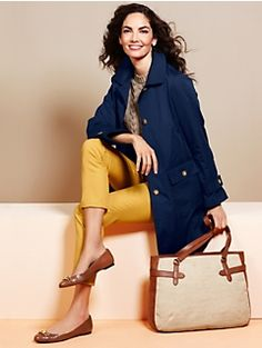 Modern Raincoat and Colored Ankle Jeans. Cute raincoat, but in Texas if it's raining it's probably humid and hotter than H E double hockey sticks and a simple umbrella will do. Mustard Yellow Outfit, Yellow Outfits, Autumn Fashion 2018, Fashion 2016, Work Fashion, Classic Outfits, Classic Clothes, Fall Winter Outfits, Affordable Fashion