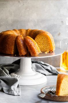 This vegan rum cake is incredibly moist, rich, and soaked in a buttery rum sauce. This simple yet indulgent pound cake is the perfect dessert for any occasion! Easy Vegan Cake Recipe, Vegan Dessert Recipes, Cake Recipes, Vegetarian Recipes, Healthy Recipes, Mini Desserts, Holiday Desserts, Holiday Recipes, Protein Desserts
