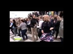 Internation Rueda de Casino Flash Mob Day, 2015. Hősök tere, Budapest, Hungary http://salsatropical.hu
