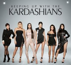 Celebrities who have been saints in Photoshop - The Kardashian family did not remain vacant Kourtney Kardashian, Estilo Kardashian, Robert Kardashian, Familia Kardashian, Looks Kim Kardashian, Estilo Jenner, Kardashian Family, Kardashian Style, Kardashian Jenner
