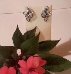Wind and Sea free flowing earrings.