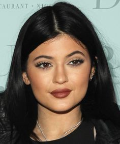 How to Do Kylie Jenner Makeup With All Drugstore Products