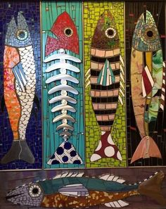 This would make a great stained glass window design! This would make a great stained glass window design! Stone Mosaic, Mosaic Glass, Stained Glass, Glass Art, Mosaic Crafts, Mosaic Projects, Art Projects, Fish Quilt, Mosaic Animals