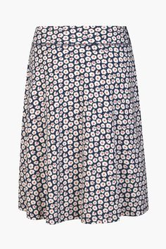 Easy Seasalt skirt for spring weekends. Our Jessica Grace Skirt is made from soft and comfortable organic cotton jersey and cut for a gentle A-line shape.