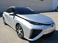 Meet the 2015 Toyota FCV – the first fuel cell vehicle you'll actually be able to buy. Hydrogen Car, Fuel Cell Cars, Alternative Fuel, Eco Architecture, Toyota Cars, Green Technology, Electric Cars, Electric Vehicle, Future Car