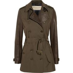 Burberry Brit Leather-sleeved gabardine trench coat (€1.335) ❤ liked on Polyvore featuring outerwear, coats, jackets, coats & jackets, burberry, green, trench coat, burberry coat, green trench coat and burberry trenchcoat