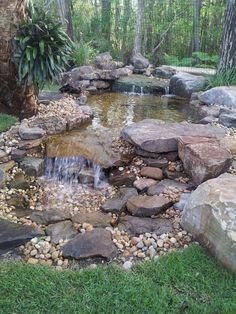 Cool 90 Awesome Backyard Ponds and Water Feature Landscaping Ideas https://homstuff.com/2018/05/03/90-awesome-backyard-ponds-and-water-feature-landscaping-ideas/