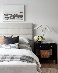 Our Lila Bed sets a high-end tone but approachable feel in your bedroom. Its quilted frame brings added comfort and a softened sense to its modern silhouette. Bedroom Inspo, Home Decor Bedroom, Bedroom Lamps, Bedroom Lighting, Estudio Mcgee, Guest Room Decor, Suites, Decoration, Masculine Master Bedroom