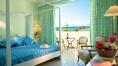 Royal Park - Family Room, Master bedroom with four poster bed    #FamilyVacations  #AllInclusiveHotels  #LuxuryHotels