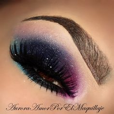 Dark jewel-toned eyeshadow #smokey #eye #makeup