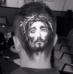 Rob the Original barber and artist astounds with his hair portrait of Jesus. fb.com/hotbeautymagazine ‪