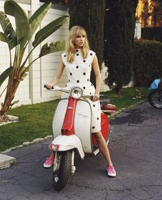 CAMPAIGNS WE LOVE: SUKI WATERHOUSE FOR SUPERGA SPRING 2014