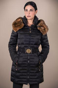eaaee3b55c7 Woman Down Coat style VICTORIA in Black. Invierno 2016Moda MujerAbrigo LargoChaquetas  De InviernoVictoria · Xueling In SpainModa Mujer Henry Arroway