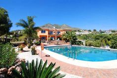 Stunning 6 bed villa in Benalmadena, Spain.