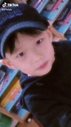 Stray Kids Seungmin, Felix Stray Kids, Im Falling In Love, My Love, Savage Kids, Happy Birthday Video, Bts Funny Videos, Losing A Child, Kids Wallpaper