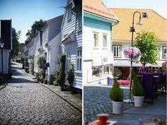 Gamle Stavanger, één van de mooiste delen van  Stavanger in Noorwegen. Benieuwd naar wat er nog meer te doen is? Lees dan mijn artikel.