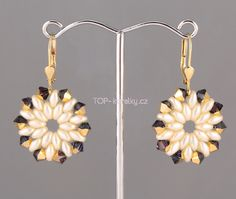 Free Swarovski and SuperDuo Beaded Earrings Pattern featured in Bead-Patterns.com Newsletter!