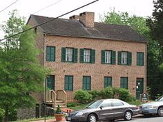 Laurel Museum - a renoveted mill house - photo of the Laurel Museum exterior on May 2007 Ghost News, Joining The Marines, Old Churches, Art Director, Washington Dc, Maryland, Home Art, Beautiful Homes, Virginia