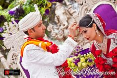 Indian weddings are a riot of colours. Reds, yellows & greens have their own significance. Real Weddings, Indian Weddings, Wedding Rituals, Wedding Photos, Wedding Ideas, Wedding Photography, Culture, Traditional, Couples