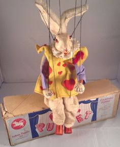 Alice In Wonderland 'white Rabbit' pelham puppets
