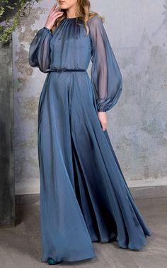 Get inspired and discover Luisa Beccaria trunkshow! Shop the latest Luisa Beccaria collection at Moda Operandi. Stylish Dresses, Simple Dresses, Elegant Dresses, Pretty Dresses, Beautiful Dresses, Casual Dresses, Indian Fashion Dresses, Muslim Fashion, Pakistani Dresses